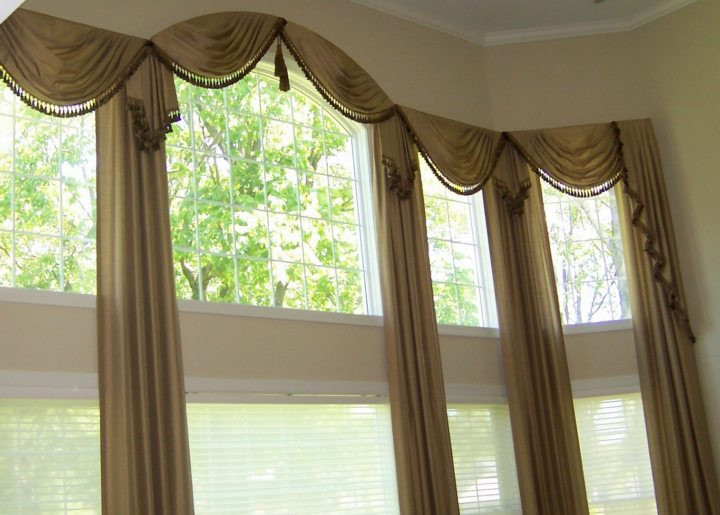 Drapery curtains (6)