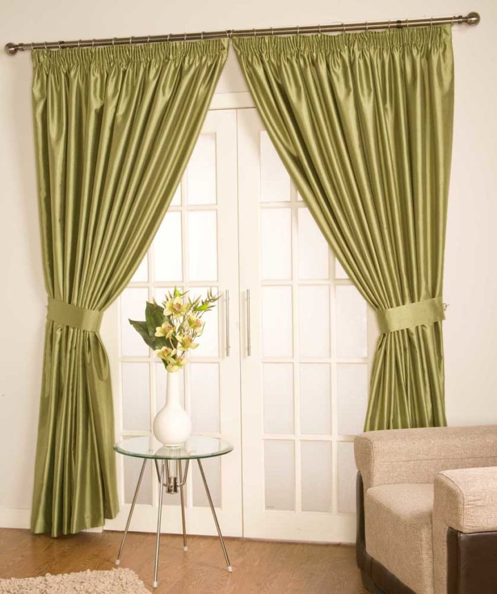 Satin curtains (16)