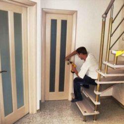 Строительство. Установка двери и наличников
