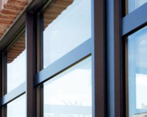 установка алюминиевых окон